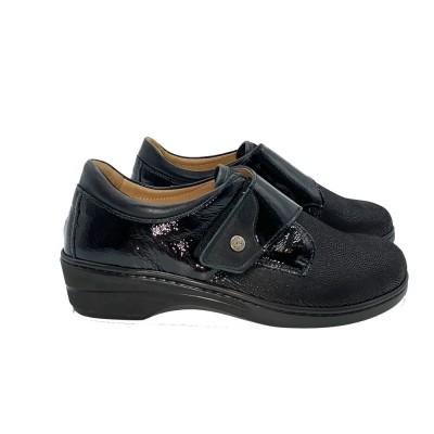 Μοκασίνι  μαύρο με αποσπώμενο πέλμα και Velcro CINZIA SOFT